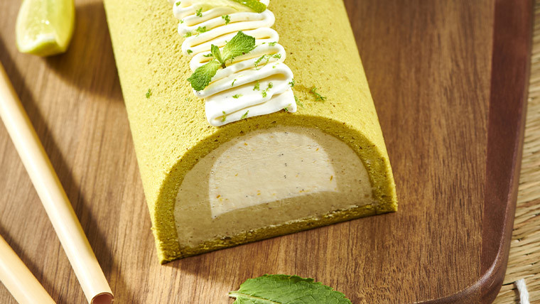 Iced Mojito and pistachio Yule log